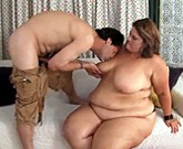 Fat and sexy BBW Erin Green gives sucking cock and then gets fuck her fat cunt